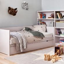 Klasické postele a postýlky