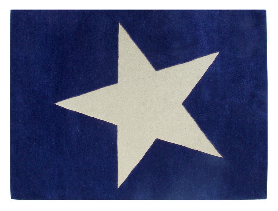<p>Koberec Star, 140*200cm, materiál: vlna. Původní cena 19.961 Kč, po slevě 9.981 Kč</p>
