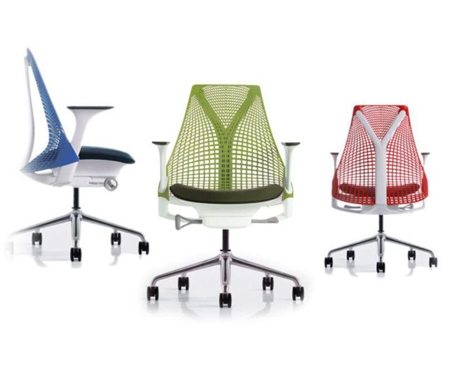 <p>Plně ergonomická pracovní židle SAYL umožňující všechna nastavení.</p> <p>Více na www. hermanmiller.com</p>